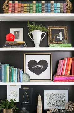 House Tour: The Makerista love the book shelf styling