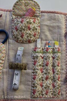 Para tener todos los utensilios de patchwork a mano, práctico y coqueto costurero, con diversos bolsillos y departamentos, en el podemos gu...