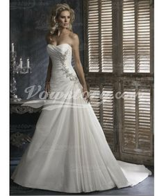 1997e4a3172de7 2014 Style A-line Sweetheart Applique Sleeveless Sweep   Brush Train  Taffeta Wedding Dresses For Brideses