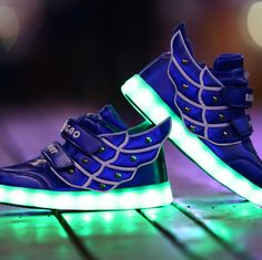 2018 New Fashion Adult Led Shoes Mesh Breathable Men Shoes Printing Lace-up Glowing Lovers Sneakers Big Kids Shoes Size 36-44 Volume Large Men's Shoes