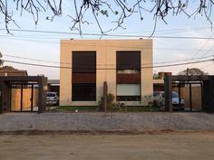 2 vivindas apateadas de 130 mc c/u Mansions, House Styles, Projects, Home Decor, Log Projects, Decoration Home, Room Decor, Villas, Interior Design