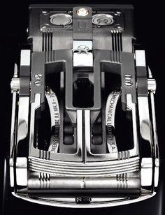 Roland Iten R8 Mk.II Luxury Belt Buckle Hands-On Exclusive