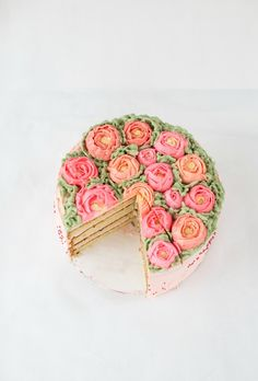 almond cake with chocolate and amaretto buttercream + a giveaway Almond Paste, Big Cakes, Cake Photography, Small Cake, Almond Cakes, Occasion Cakes, Piece Of Cakes, Cupcake Cookies, Cupcakes