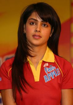 Genelia in Red -> Genelia D'Souza Indian Film Actress, South Indian Actress, Indian Actresses, Bollywood Heroine, Bollywood Actress, Most Beautiful Indian Actress, Beautiful Actresses, Genelia D'souza, Actor Picture