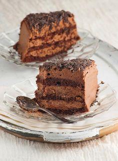 Quick & Easy Fudge Icing - Fauzia's Kitchen Fun Dessert Simple, Sweet Recipes, Cake Recipes, Dessert Recipes, Dessert Ideas, No Bake Desserts, Easy Desserts, Best Chocolate Cake, Chocolate Orange