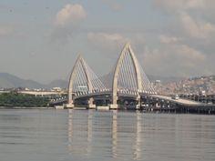 Ponte Prefeito Pereira Passos. Maio 2015. Foto de Carolina Belo #baiadeguanabara #riodejaneiro #errejota #labhidro #ufrj #hidrobiologia #ponte #brt
