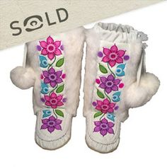 Manitobah Mukluks US Tapestry Weaving, Loom Weaving, Native American Moccasins, Beaded Moccasins, Beadwork Designs, Native Design, Native Beadwork, Hello Kitty Wallpaper, Bead Loom Patterns