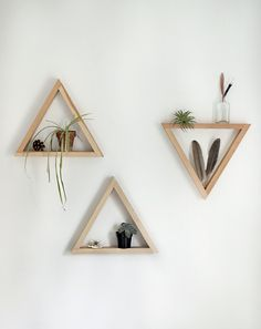DIY Wooden Triangle Shelves /themerrythought/