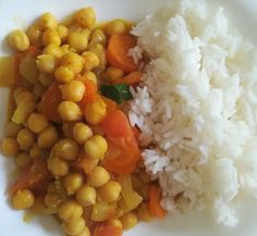 Garbanzos al curry con verduras y arroz - Receta de Tasty details Diet Recipes, Vegetarian Recipes, Cooking Recipes, Healthy Recipes, Easy Meal Prep, Easy Meals, Tasty, Yummy Food, Healthy Baking