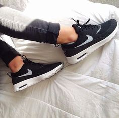 Nike air max thea black white, love these sneakers. Nike Shoes Cheap, Nike Free Shoes, Nike Shoes Outlet, Running Shoes Nike, Cheap Nike, Air Max Thea, Thé Air Max, Looks Style, Looks Cool