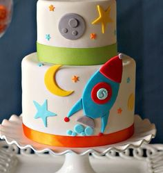Stars, the moon and a rocket. Very cute birthday cake.