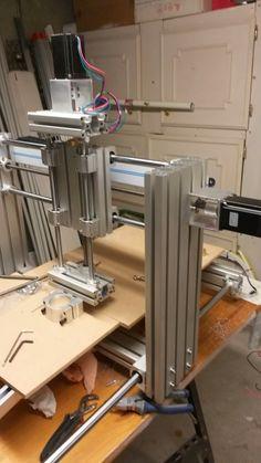 Je vous propose de vous donner quelques tuyaux pour la réalisation d'une CNC avec Arduino et GRBL. J'ai déjà réalisé ma CNC, mon graveur la...