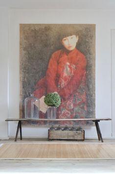 alte Holzbank, antikes Glas und ein Bild... boheme-living.com