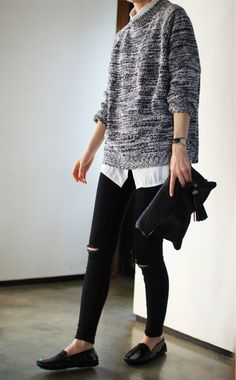 Slippers, Skinnys, Boyfriend Shirt + Oversized Jumper // Minimal + Classic