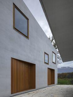 Deux maisons. Clavienrossier architectes hes / sia. Built to Minergie standard.