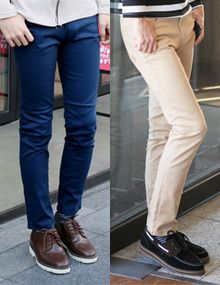 Today's Hot Pick :纯色修身简约款时尚休闲裤—经典百搭 http://fashionstylep.com/SFSELFAA0005508/top3666cn/out 休闲裤是男士们春天的首选,它的款式不仅百搭,而且面料舒适~本款精选最新的韩国版型,分割线设计,更加修饰你的腿型,让你在设计中体现时尚,在生活中拥有时尚,面料方面,以棉为主,吸湿性好,舒适透气,值得你选择~ -休闲裤 -纯色 -简约款 -十色可选