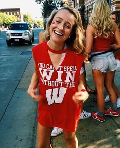 is Sophie, shes having sex so Kate usually sleeps in the living room, but she is never alone if you know what i mean, but shes also always drunk so she gives you a lot of moeny and clothes and she never remembers College Games, College Game Days, College Life, Tailgate Outfit, Tailgating Outfits, College Sorority, College Cheer, Football Outfits, University Of Wisconsin