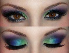 So pretty! eyeshadow blue, green, purple - Mardi Gras