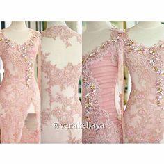 No photo description available. Kebaya Pink, Vera Kebaya, Kebaya Lace, Kebaya Brokat, Batik Kebaya, Dress Brokat, Kebaya Dress, Kebaya Hijab, Kebaya Wedding
