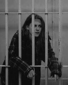 Resultado de imagen de jail girl  tumblr