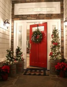 Enjoy my festive buffalo check Christmas Home Tour, complete with how-to's, inspiration, decorating tips, and plenty of sources to create holiday magic in your own home. Enjoy savings coupons to shop beautiful Christmas decor. Farmhouse Christmas Decor, Country Christmas, Christmas Home, Christmas Holidays, Christmas Porch Ideas, Christmas Front Porches, Christmas Lights Outside, Homemade Christmas, Christmas Coffee
