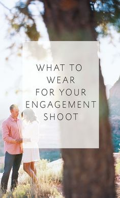 Engagement Pictures 4 Tips on what to wear for your engagement photos, plus killer outfit inspiration! - Four tips to help your style shine in your engagement photos Engagement Photos Tips, Engagement Photo Outfits, Engagement Inspiration, Engagement Couple, Engagement Shoots, Engagement Photography, Wedding Engagement, Wedding Photography, Country Engagement
