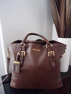 Prada brown leather handbag - Fashion and Love