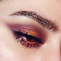 Cat Eye Makeup, Skin Makeup, Makeup Art, Devil Makeup, Mua Makeup, Makeup Style, Smokey Eye Makeup, Makeup Goals, Makeup Inspo