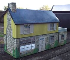 Metal dollhouses