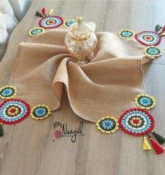 Selammm mutlu haftanlar 😊😊 Hava çok kapalı hiç benim havam değil modum çok düşük enerji sıfır üretemiyen bir ben 😁😁 Knitting For BeginnersKnitting HatCrochet PatternsCrochet Ideas Crochet Fabric, Crochet Motifs, Crochet Home, Crochet Gifts, Crochet Doilies, Crochet Flowers, Crochet Stitches, Crochet Baby, Knit Crochet