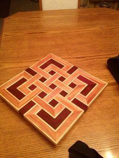 Celtic knot cutting board (idea from degoose's board)