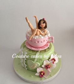 BD cake ,,lady in a cup,,