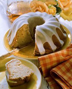 Receta para hacer un suave bizcocho de limón