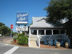 IF you are in the 30 A Destin area.. hit this greasy spoon! Yummy big breakfast.. 1 plate enough for table of 4 plus Redvelvet doughnuts and kelime pie to die for!!!