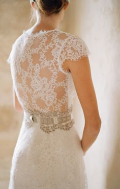 Get inspired: A dramatic lace-backed gown by Claire Pettibone. Gorgeously Gatsby-esque!