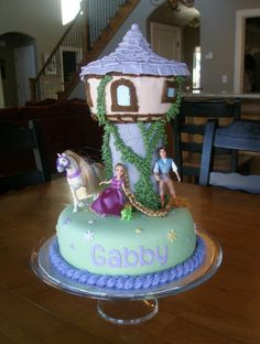 Rapunzel Cake. Kynlee will LOVE this!!!