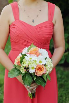 Peach Rose and White Daisy Bouquets