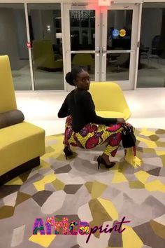 This African Ankara pants come with Fringed Scarf that can be used as a headwrap. African Attire, African Wear, African Fashion Dresses, African Fashion Traditional, African American Fashion, Modern Street Style, Street Styles, African Fabric, African Prints