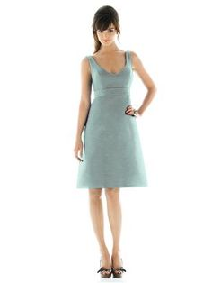 Alfred Sung Style D435 http://www.dessy.com/dresses/bridesmaid/d435/
