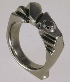 Lois Betteridge - Silversmith and Goldsmith Ring 2006 http://www.loisbetteridge.com/