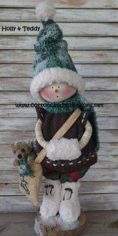 A Snow Girl Named Holly and Teddy Primitive Snowmen, Primitive Christmas, Christmas Snowman, Christmas Ornaments, Snow Girl, Primitive Patterns, Frosty The Snowmen, Crafts To Make And Sell, Soft Dolls