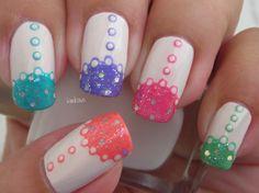 Spring dress nail art. Tutorial: http://youtu.be/mKD0AsGcBwU