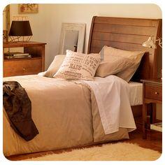 #Dormitorio #Cama #Madera #Beige #IdeaDormitorio #Inspiración #Homy