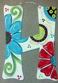 Wooden letter door hanger with cream background by JAGARToriginals Letter Door Hangers, Initial Door Hanger, Burlap Door Hangers, Painting Wooden Letters, Painted Letters, Painting On Wood, Wood Letters, Painted Initials, Cute Crafts