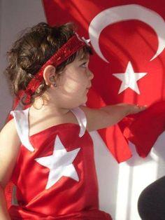 NE MUTLU TÜRKÜM DİYENE !! The Turk, National Flag, Istanbul Turkey, Elf On The Shelf, My Girl, Children, Kids, Culture, Holiday Decor
