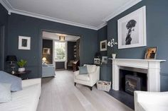 Recamier: know what it is and how to use it in decoration with 60 ideas - Home Fashion Trend Navy Living Rooms, Living Room Grey, Home Living Room, Living Room Designs, Living Room Wall Colors, Denim Drift Living Room, Cosy Living Room Decor, Navy Blue And Grey Living Room, Cozy Living