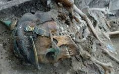 The remains of World War One soldiers killed in France almost 100 years ago have finally been discovered by a group of archaeologists World War One, First World, Battlefield One, Ww1 Soldiers, Man Of War, World History, Ww1 History, War Photography, Military History