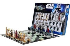 Someday I'll learn how to play chess and when I do I'm totally buying this Star Wars chess set!