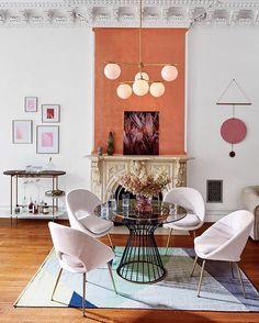 Living Room Inspirations: A Pile of Pillows Helps The Medicine Go Down | www.livingroomideas.eu #livingroompillows #livingroomideas #livingroomdesign #livingroomchairs #livingroomlighting #livingroomdecor