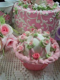 (Virginia Rose) Fake Cupcake